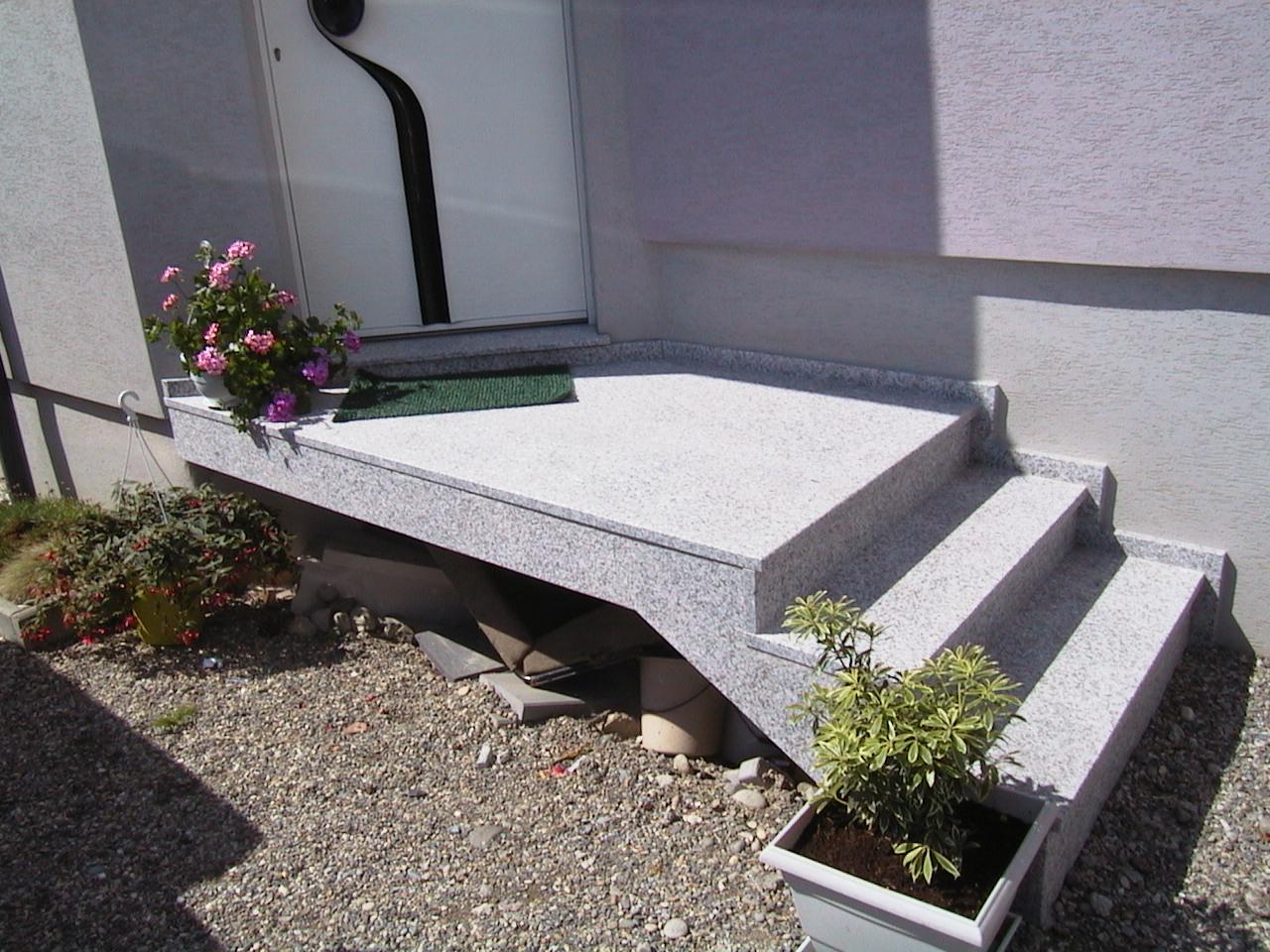 escalier granit Cernay 68700