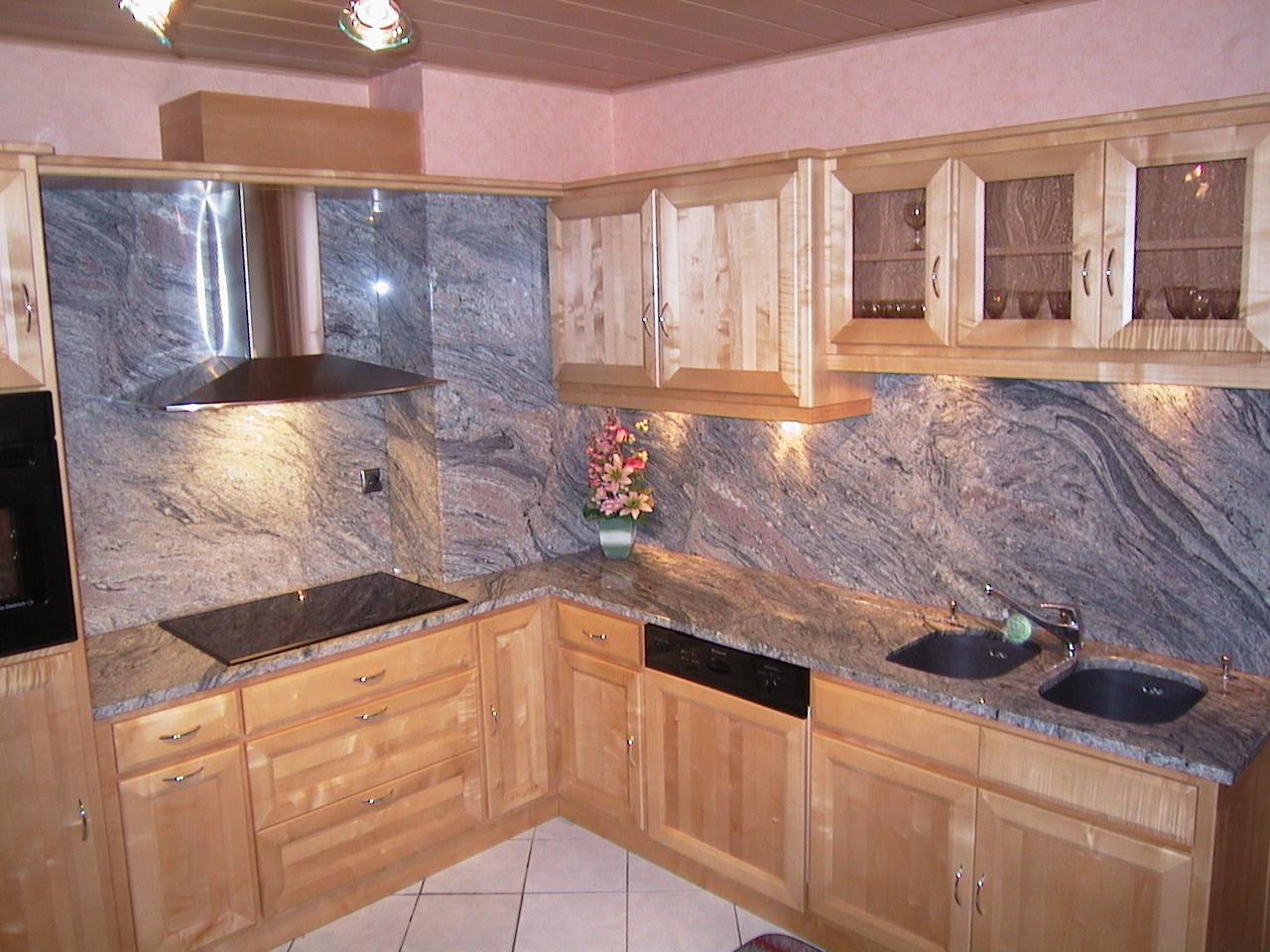 cuisine granit fabulous granit mascarello with cuisine granit amazing white granite colors for. Black Bedroom Furniture Sets. Home Design Ideas