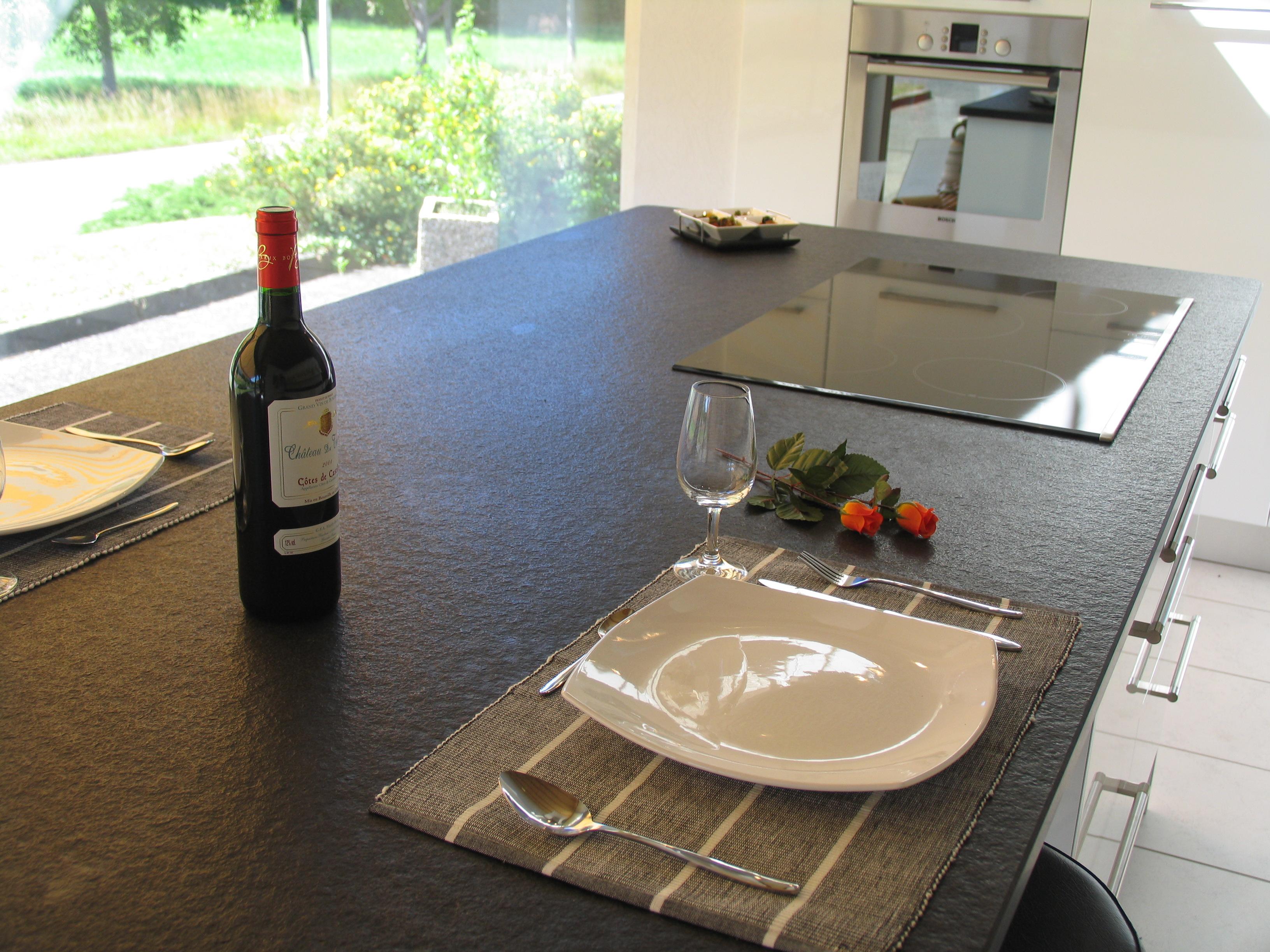 table cuisine plan de travail granit kingersheim Mulhouse colmar bartenheim huningue
