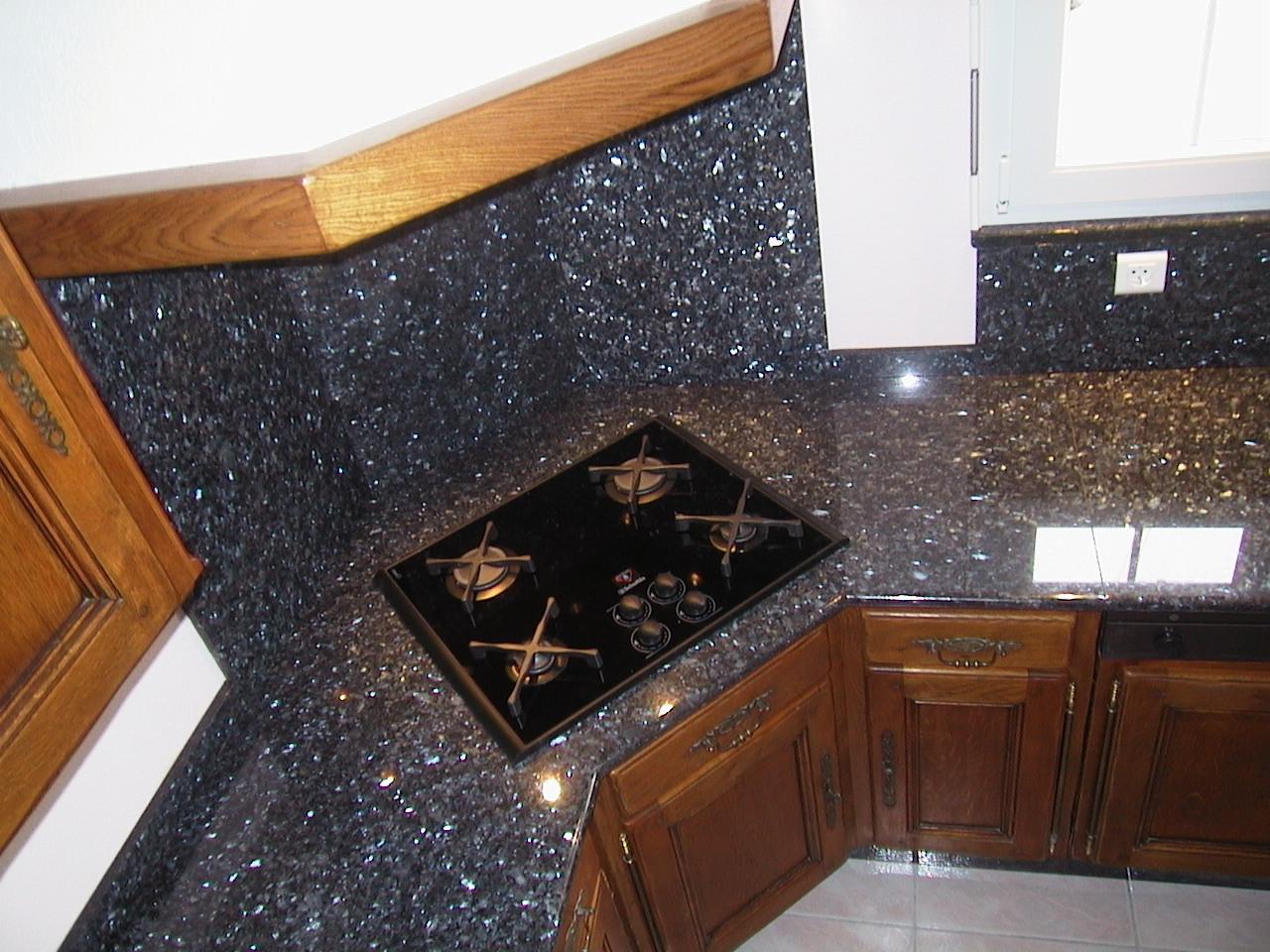 crédence hotte granit burnhaupt