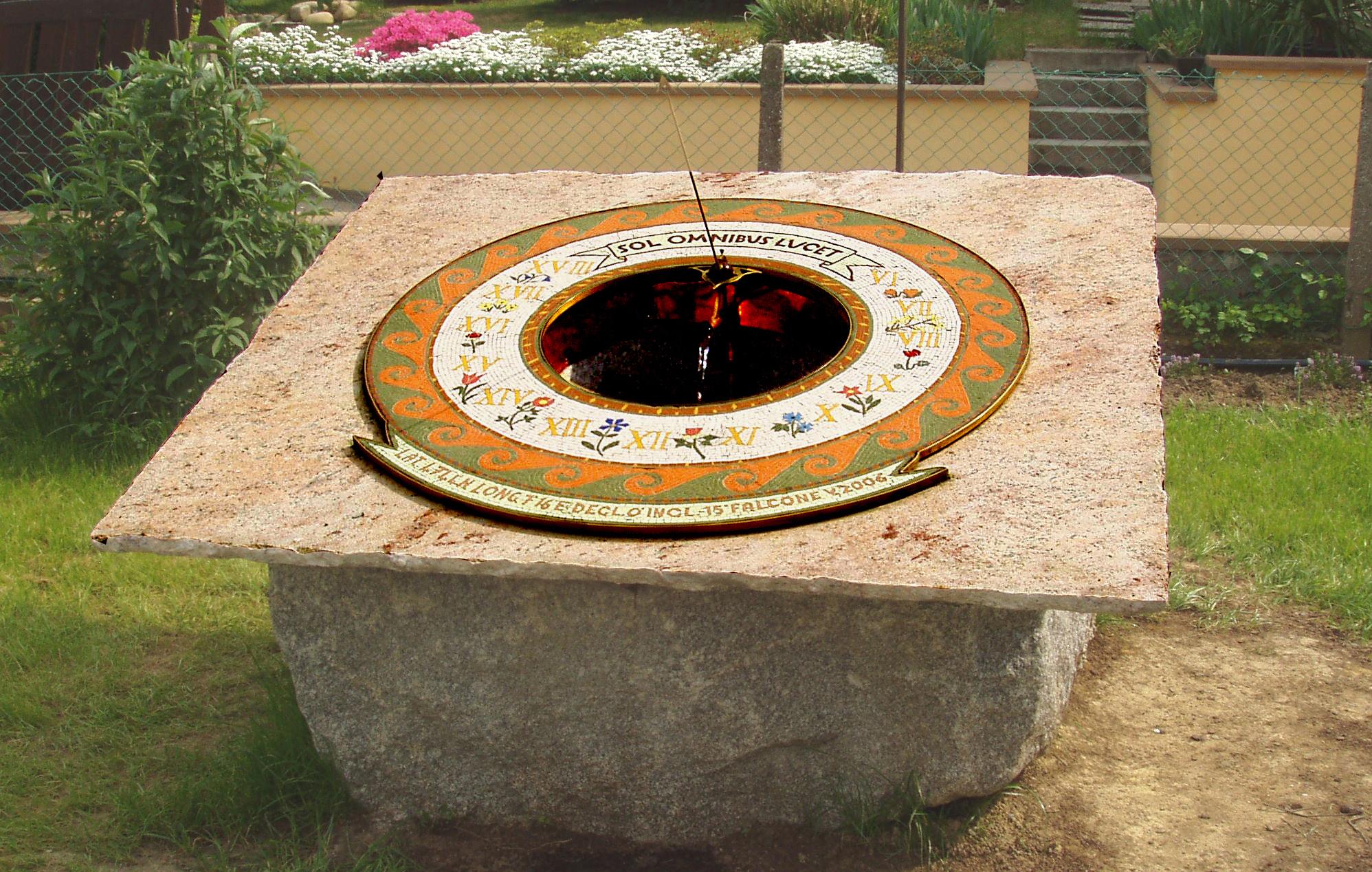 Cadran solaire granit