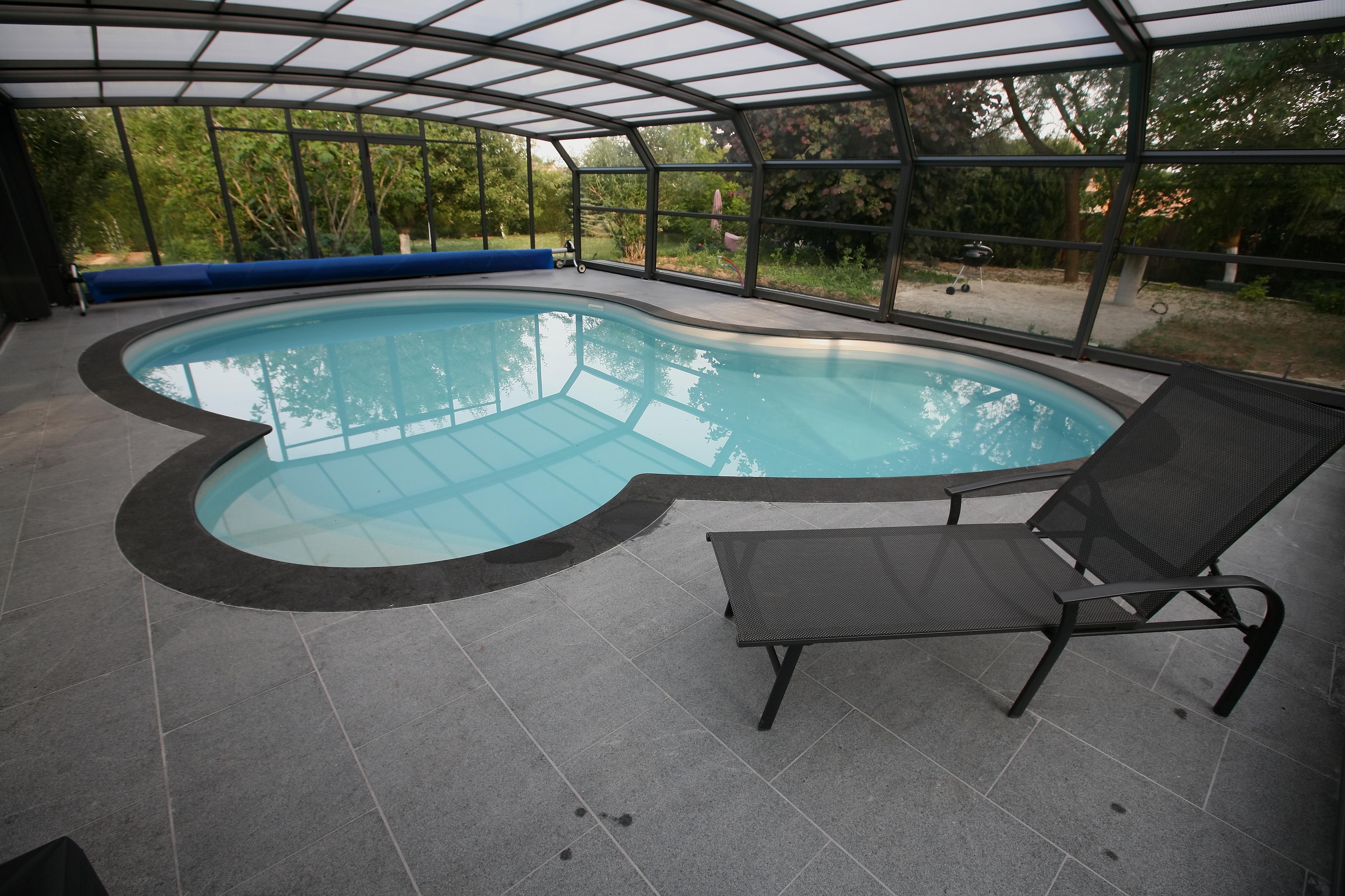margelle piscine wittenheim, Muhouse