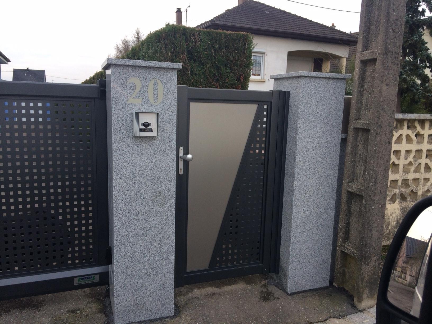 Poteaux de portail en granit