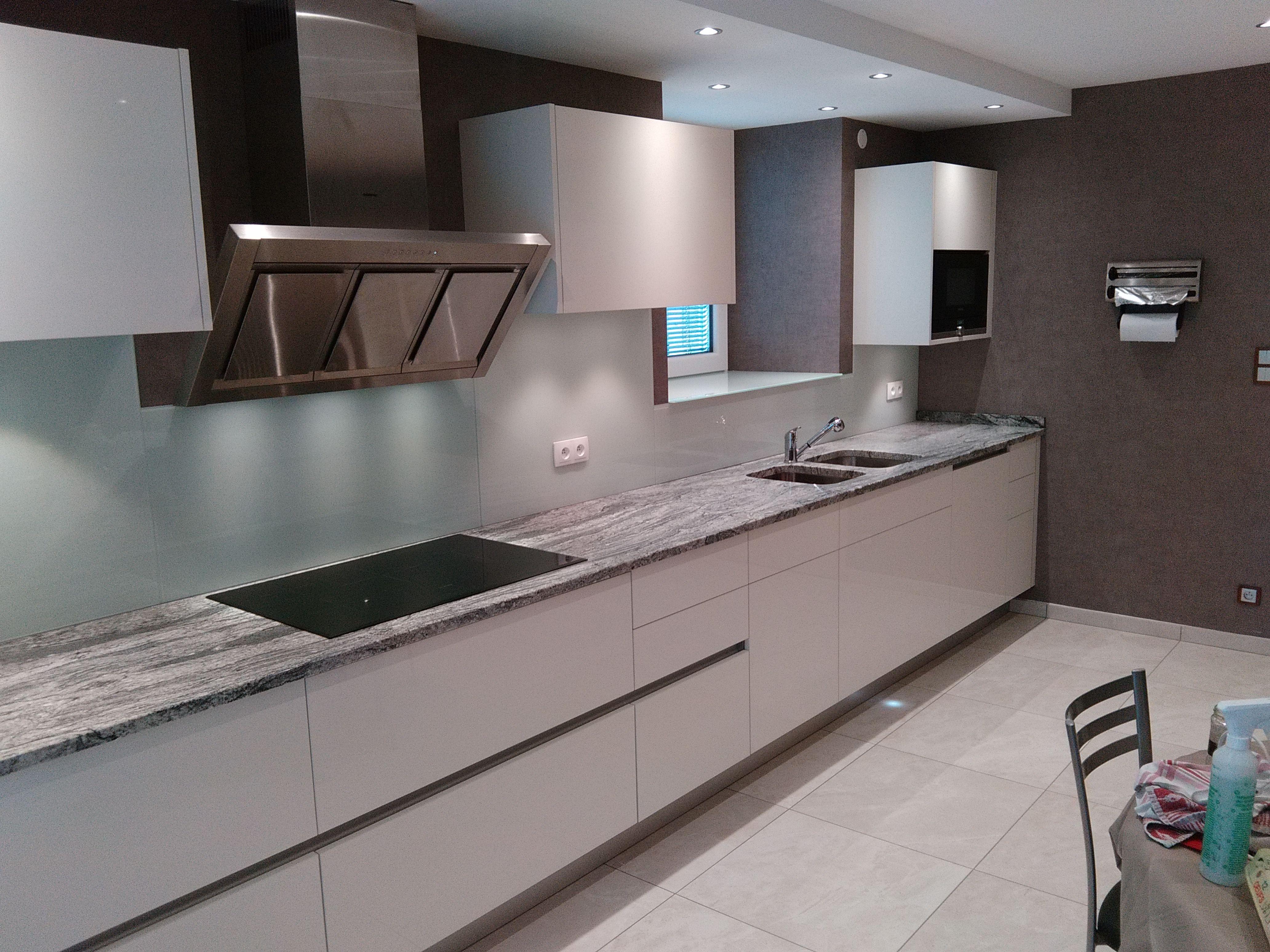 Aménagements intérieur – pierre naturelle cuisine, salle de bain ...