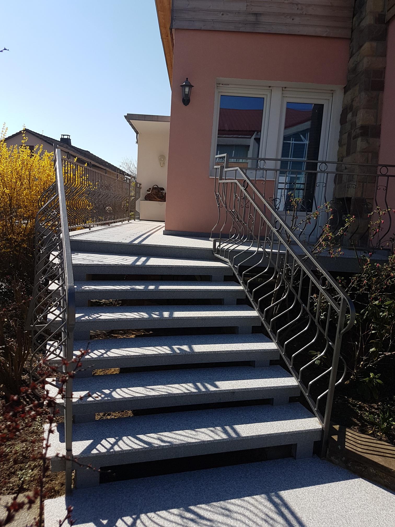 habillage escalier granit alsace
