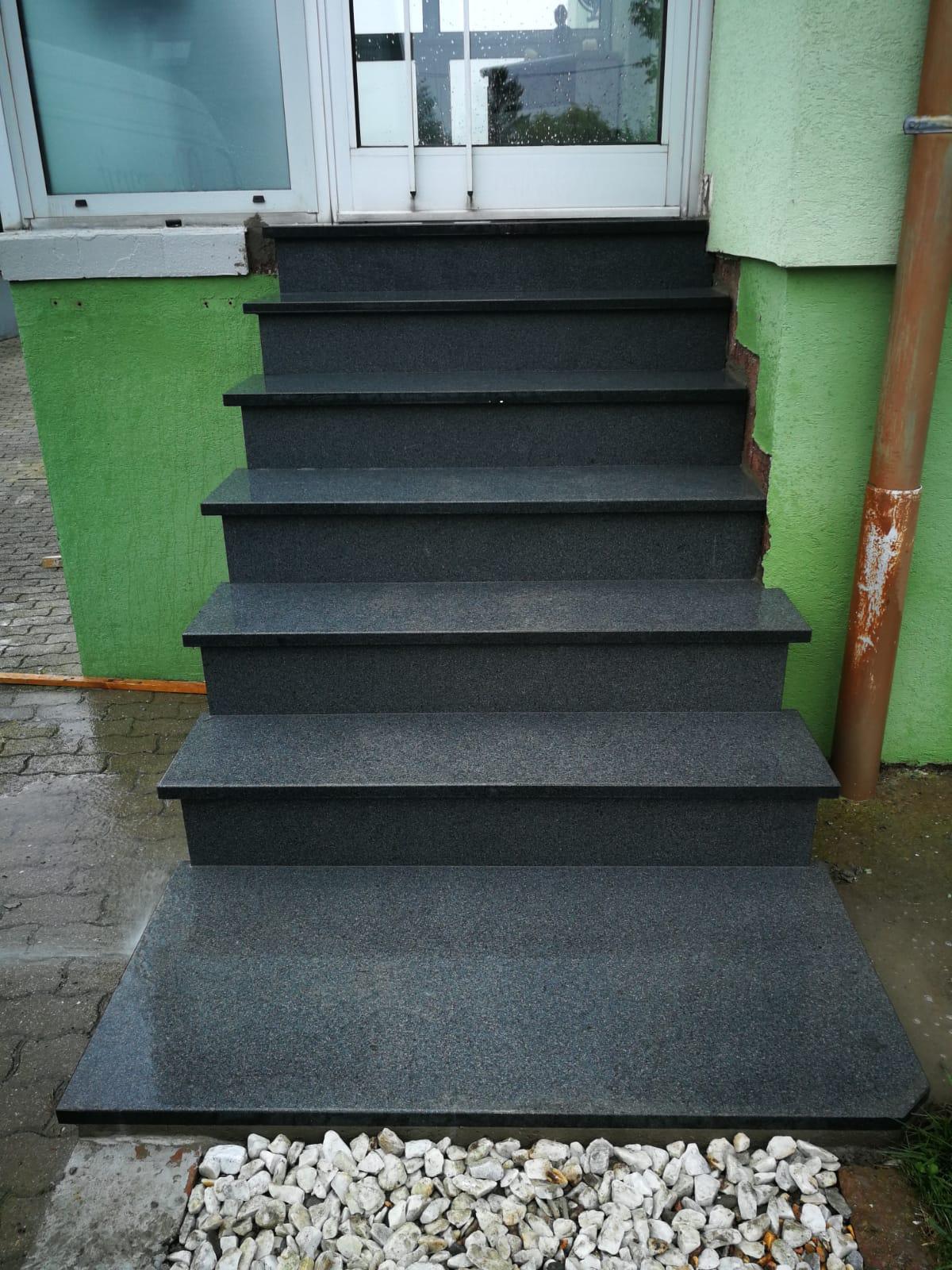 escalier exterieur rénové