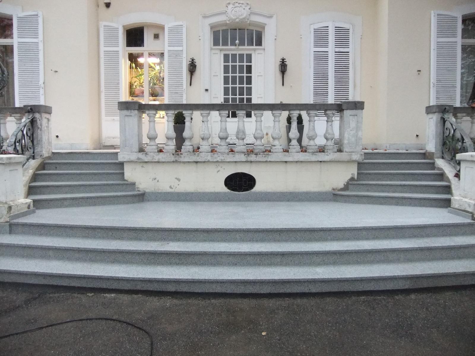 double escalier granit