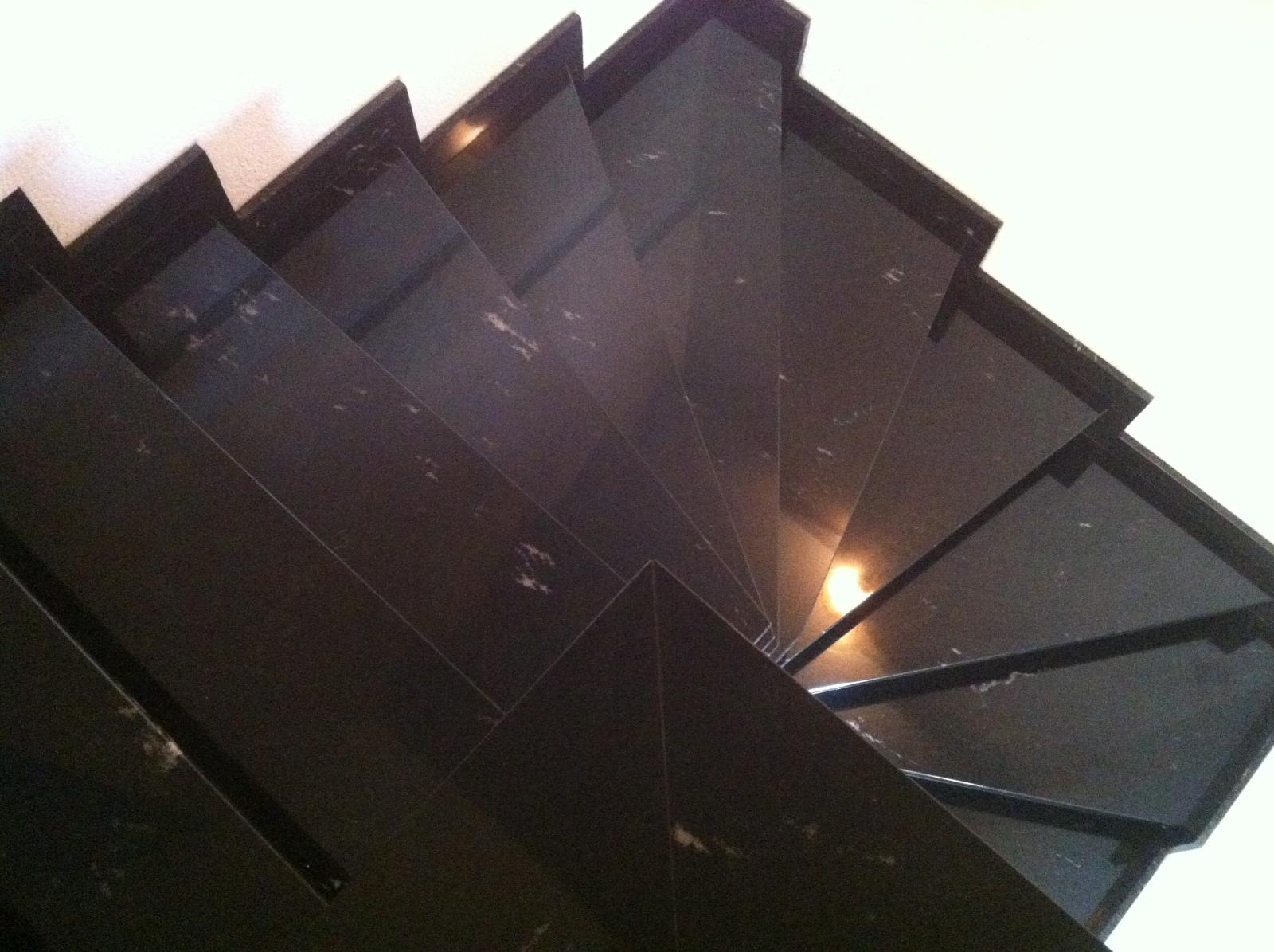 escalier tournant granit via lactea