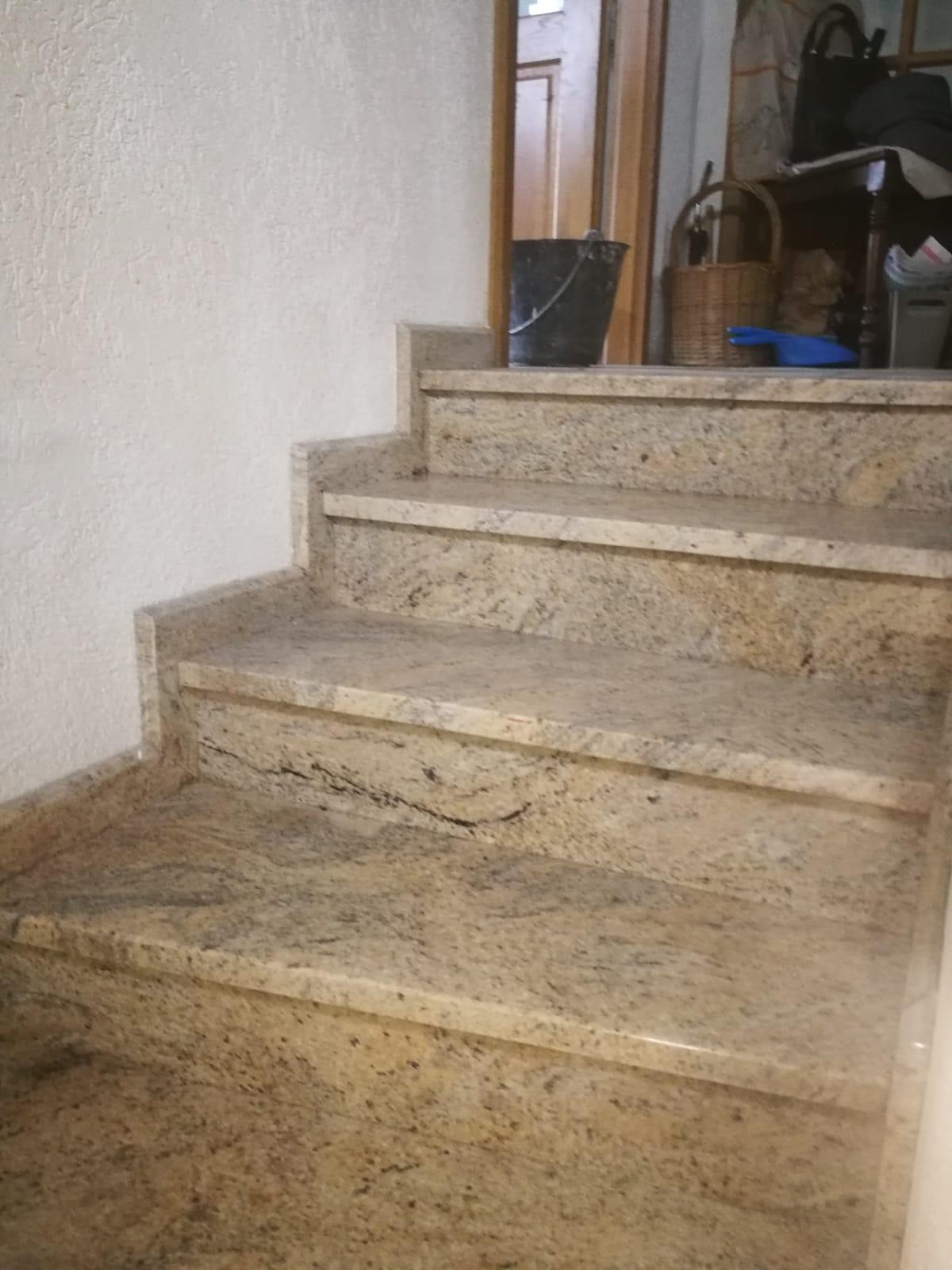 escalier interieur en pierre